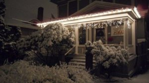 An example of festive festoonery.